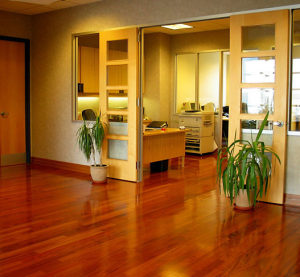 Hardwood vs. Laminate Flooring