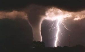 Thought the weather in 2010 couldn't get anymore intense?  The wild weather of 2010 is predicted to continue into 2011.
